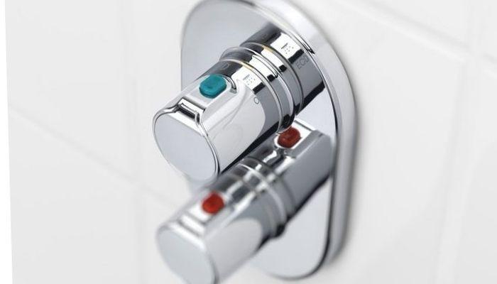 Как экономить воду в душе с термостатом