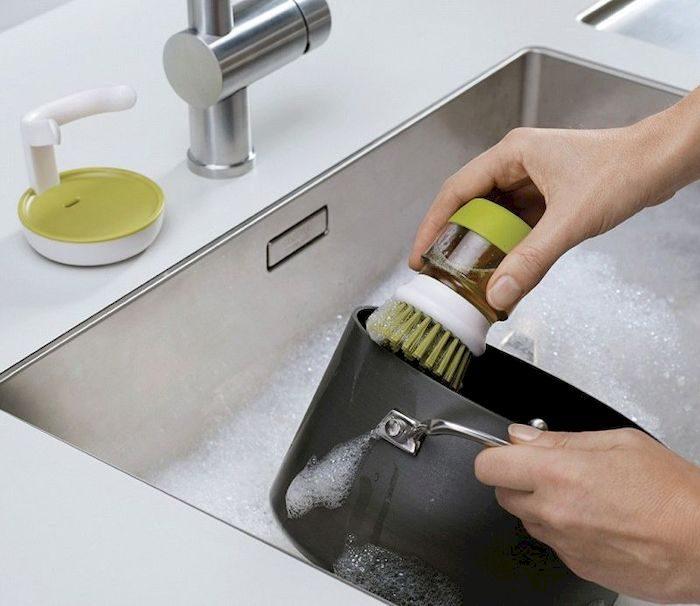 Щетка для мытья посуды, фото