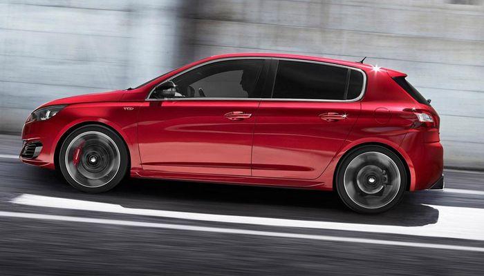 Самый экономичный автомобиль по расходу топлива в 2015 - Peugeot 308